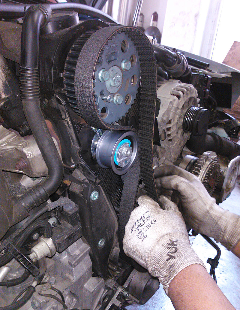 Replacing-a-timing-belt